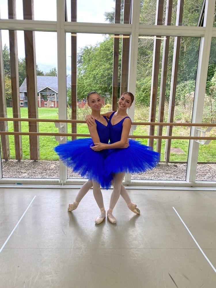 Tring Park Dancers