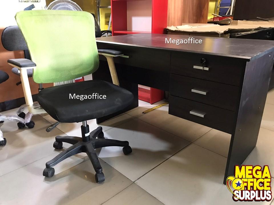 Surplus Table Chair Metalcabs