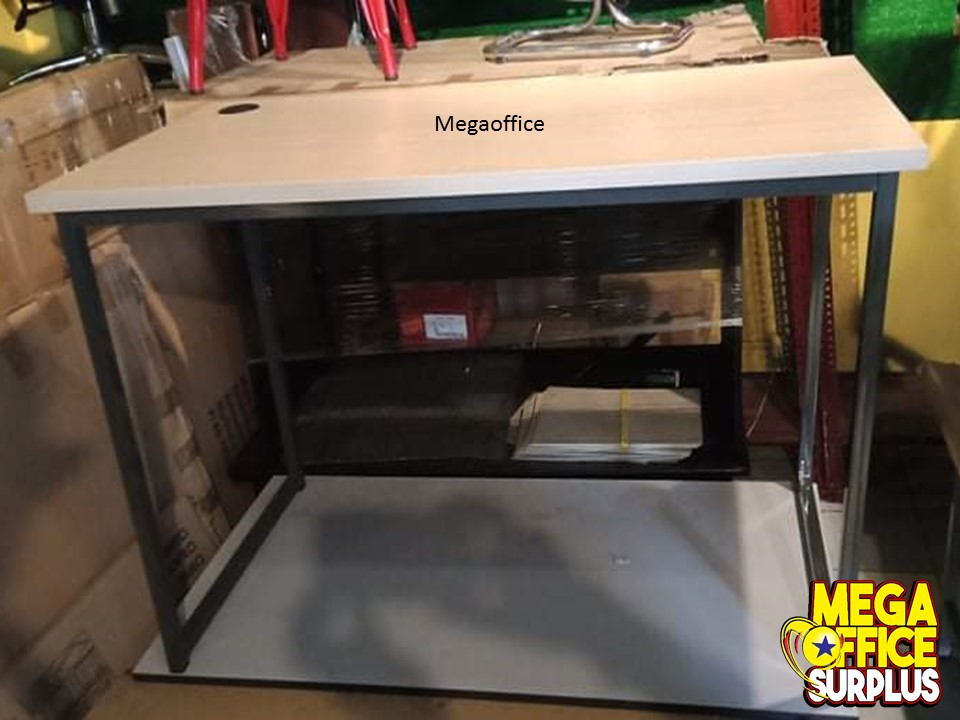 Work from Home table Megaoffice