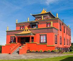templo-budista-tres-coroas_edited.jpg