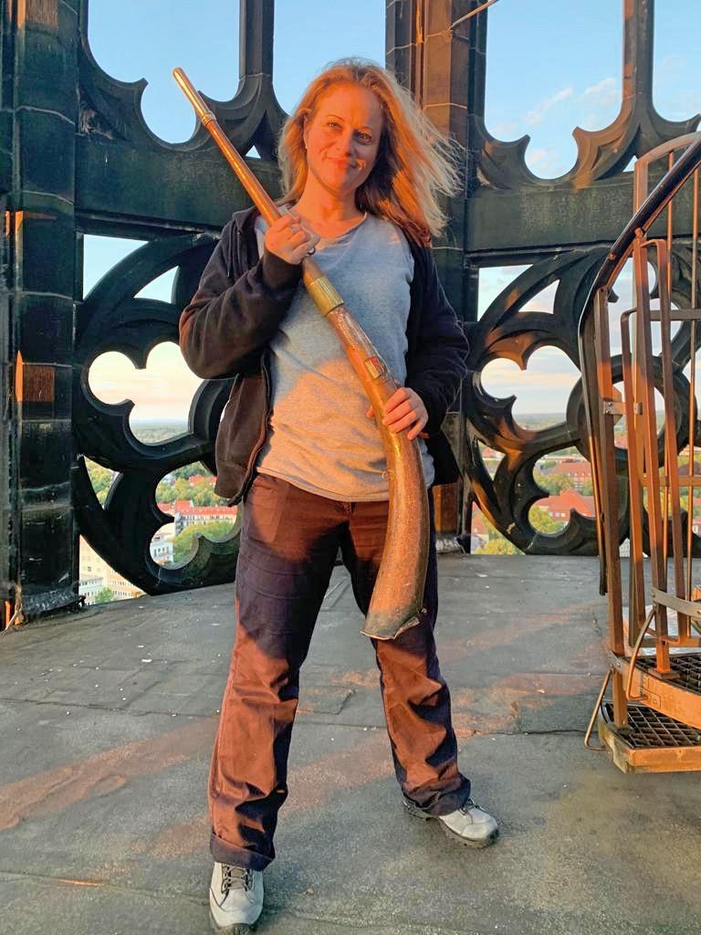 Frau mit Muskete