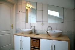 Maison_Fiche-Holiday-at-the-farm-104406-01-Neufchateau-bathroom-879076-1L.jpg