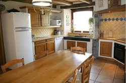 Maison_Fiche-Holiday-at-the-farm-104406-01-Neufchateau-kitchen-879053-1L.jpg