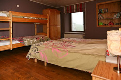 Maison_Fiche-Holiday-at-the-farm-104406-01-Neufchateau-bedroom-879065-1L.jpg