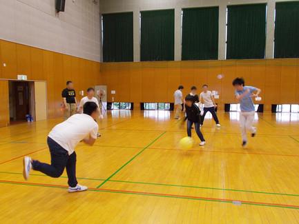 体育館での運動