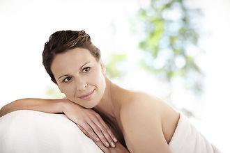 mulher_relaxada_depois_da_fisioterapia.jpg