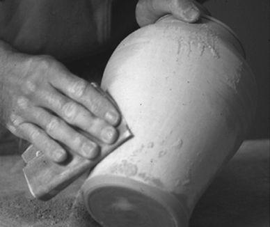 sanding pot.jpg
