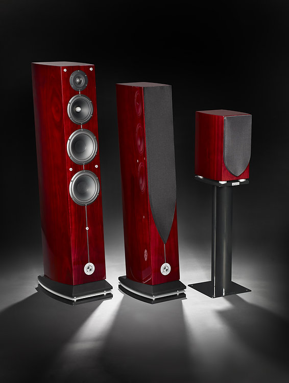 Atohm loudspeakers, reference loudspeakers hand made in France with the finest speaker drivers in the world.