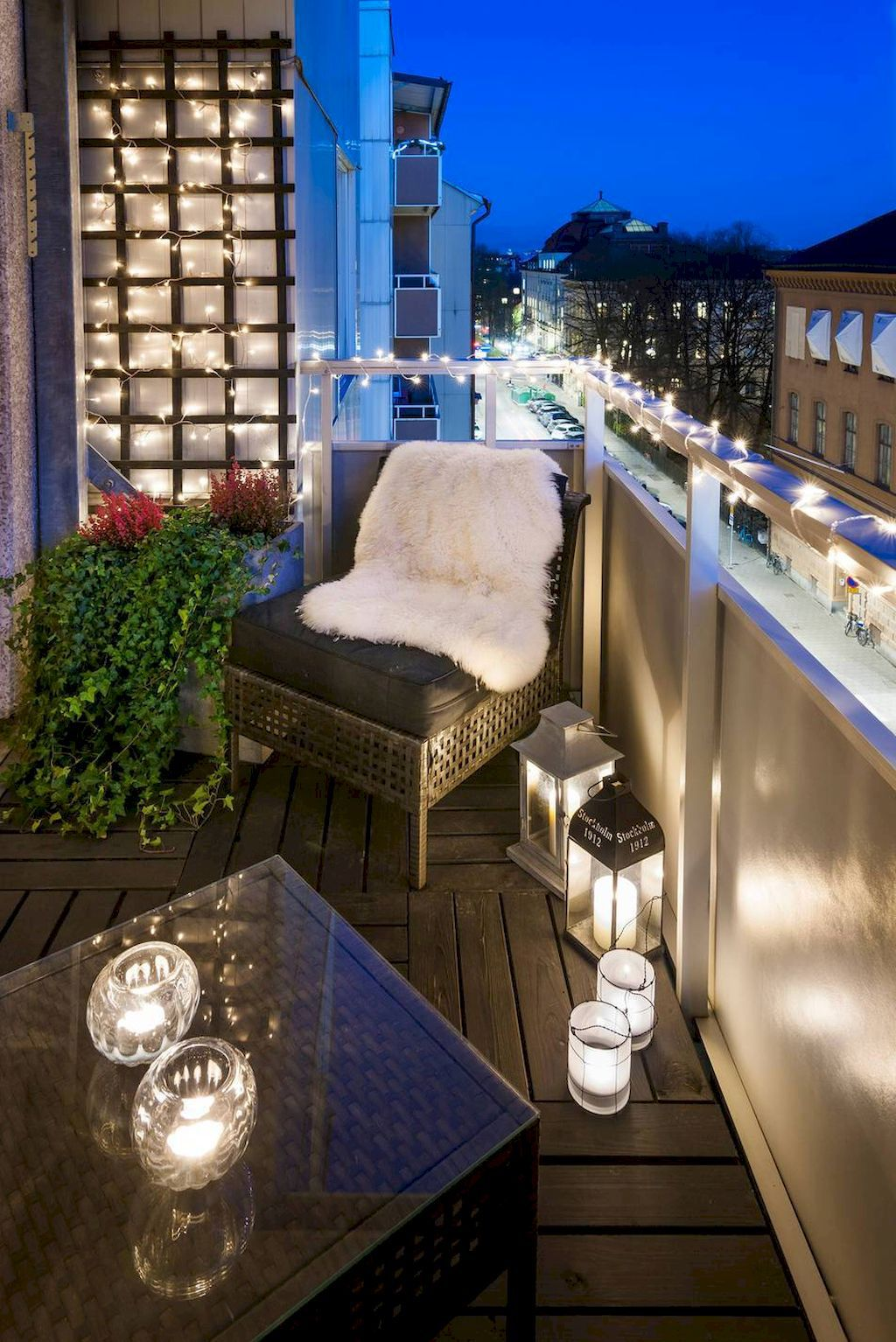 Small-Apartment-Balcony-