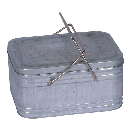 Tin Picnic Box