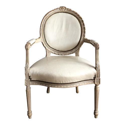 Perla Leather Chair