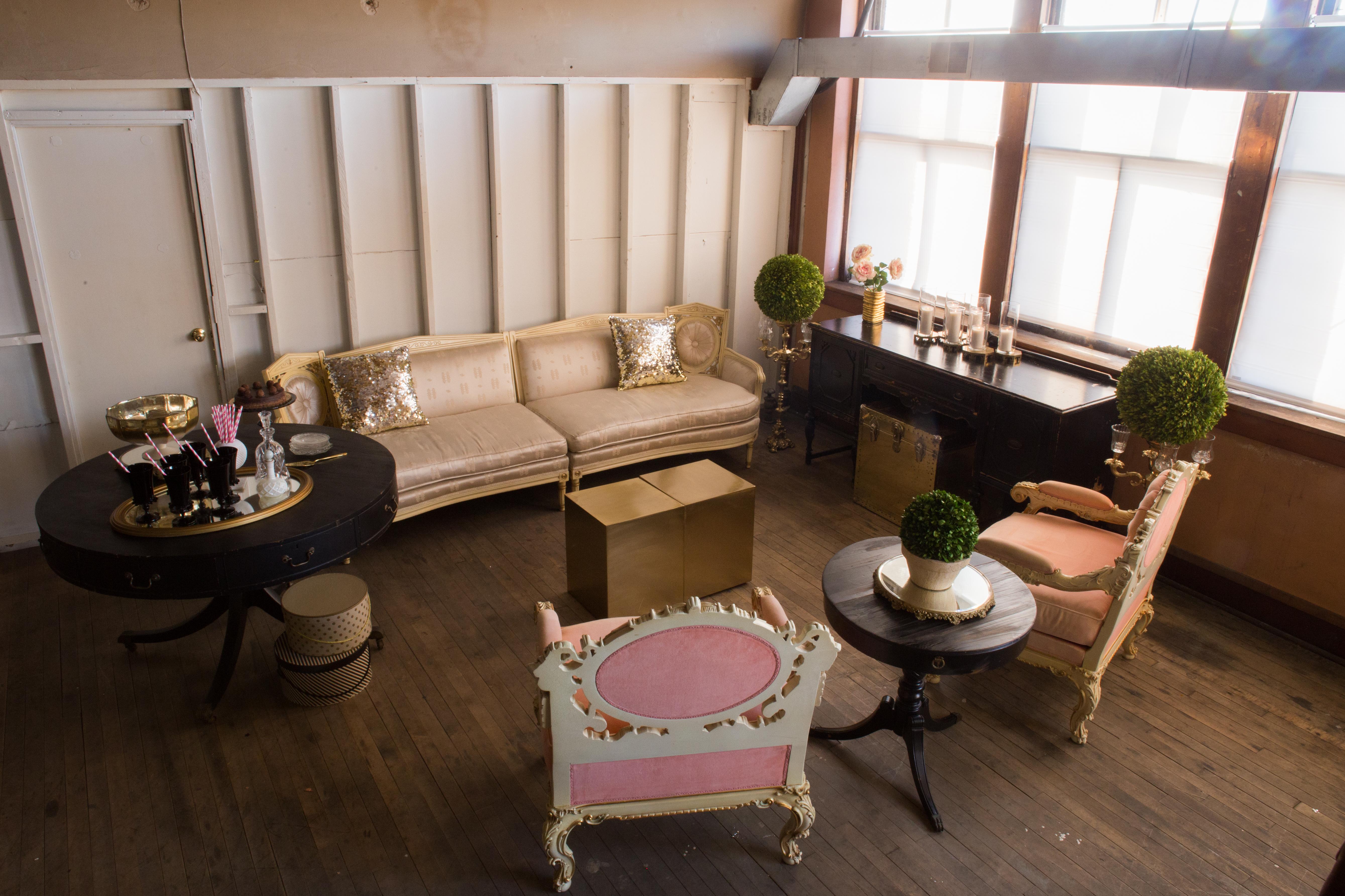Blake Lounge // Huntley and S
