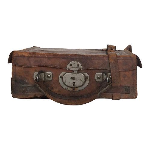 Gunner Leather Case