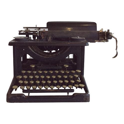 Mrs. Wentworth's Typewriter