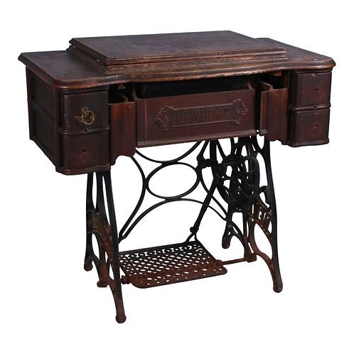 Daisy Sewing Table