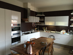 Cucina su misura (VR)