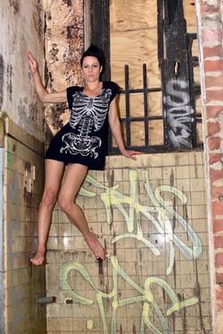Anita Nevar | Pop Erotic Artist.