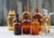 vases pharmacie fumés.jpg