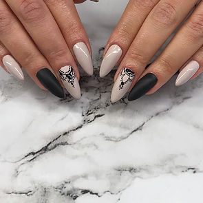 Oh so Nice 💋 #nails #blacknails #matten