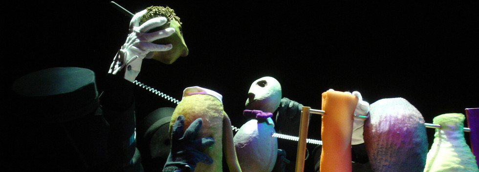 Balloon Landing Puppets