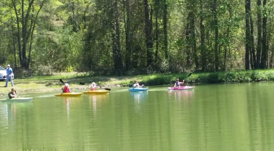 shad festival kayak race