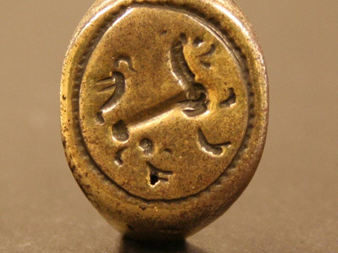16th-century gold signet ring unearthed on Hatteras Island (Photo via East Carolina University's Joyner Library)
