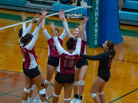 South Central Volleyball wins on Senior Night