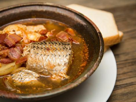 What is eastern North Carolina Fish Stew?