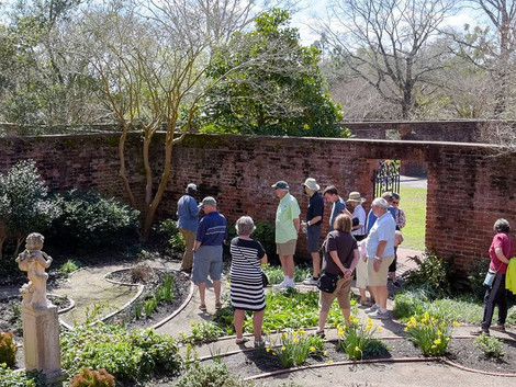 Tryon Palace gardeners offer guided tours