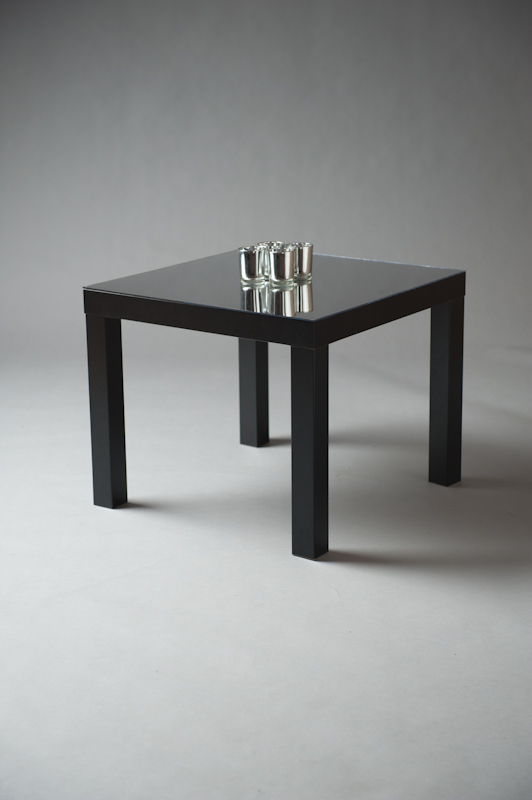 BLACK SQUARE MIRRORED TOP TABLE