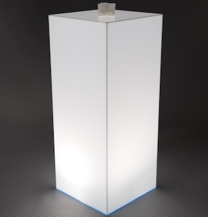 LIGHT BOX OPAL PLINTH