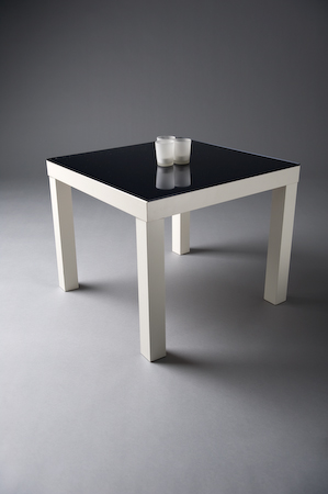 WHITE SQUARE MIRRORED TOP TABLE