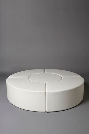 LARGE CIRCULAR DAYBED