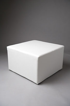 WHITE SQUARE POUF