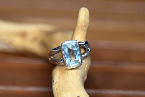 Blue Topaz Ring - Sterling Silver - Size: 8