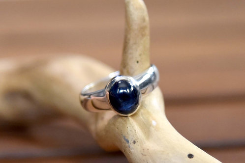 Blue Sapphire Ring - Sterling Silver - Size: 8