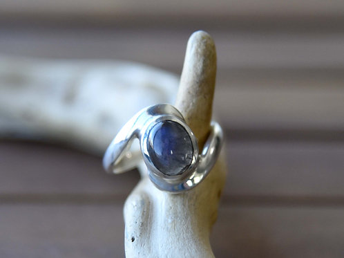 Blue Labradorite Ring - Sterling Silver - Size: 9.5