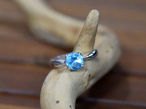 Blue Topaz Ring - Sterling Silver - Size: 9.5
