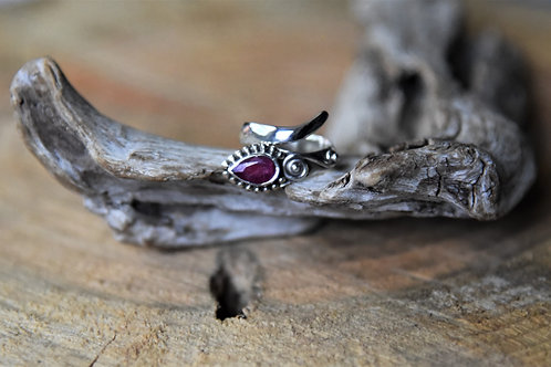 Ruby Silver Ring - Size: 6