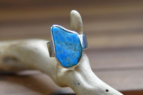 Sleeping Beauty Turquoise Ring - Sterling Silver - Size: 6