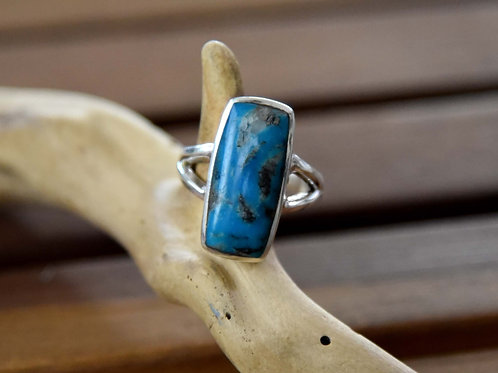 Kingman Turquoise Ring - Sterling Silver - Size: 8 3/4
