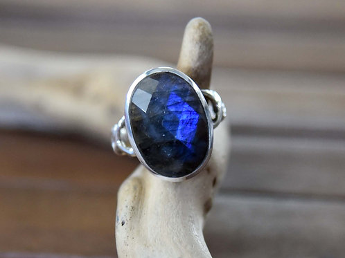 Blue Labradorite Ring - Sterling Silver - Size: 6.5