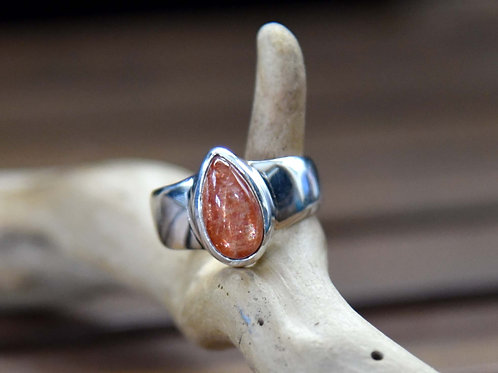 Sunstone Ring - Sterling Silver - Size: 8
