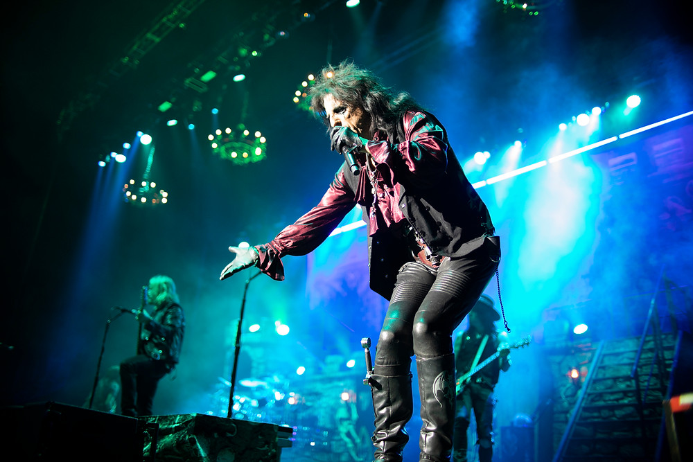Alice Cooper at the O2 London, photo by Gili Dailes
