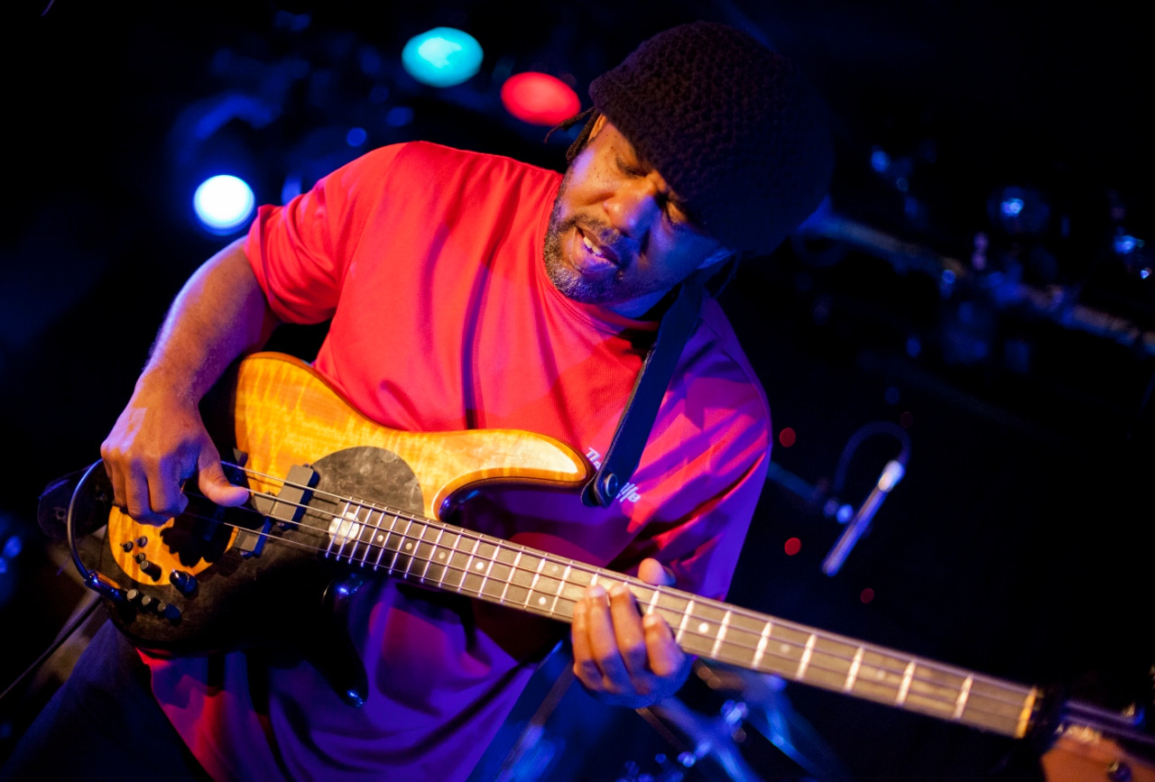 Victor Wooten. Photo by Gili Dailes