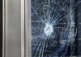 vitre cassée.jpeg