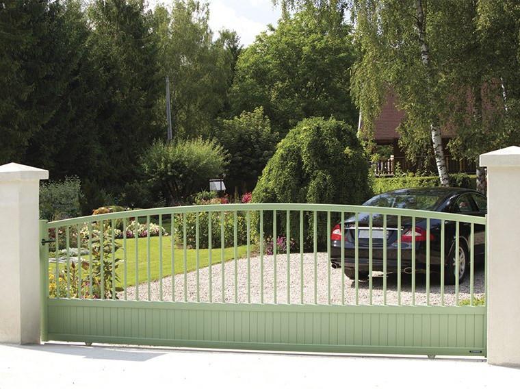 portail-malaga1_harmonie-malaga-cou.jpg