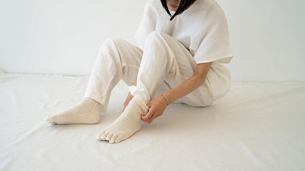 socks1.w.jpg