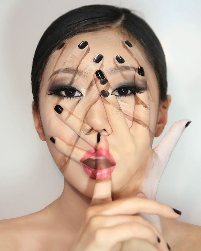 makeup illusion