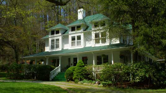 Cool Taylor House Inn Banner Elk Nc